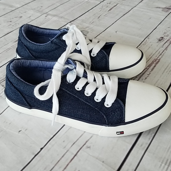 Öde Uttag Enorm  Tommy Hilfiger Shoes | Denim Kids Sneakers Sz 2 | Poshmark